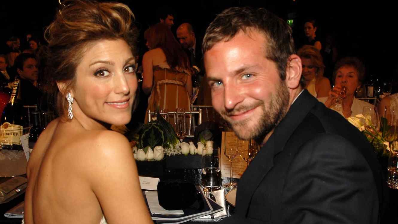 Jennifer Esposito and Bradley Cooper  10618_km0768.JPG (Photo by Kevin Mazur/WireImage for Turner)