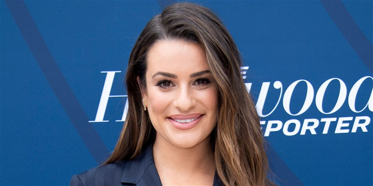 lea-michele-gets-a-lob-for-summer-today-main-190612_a0c23e4186b90fdcd3f2c06e919bae1c.fit-760w