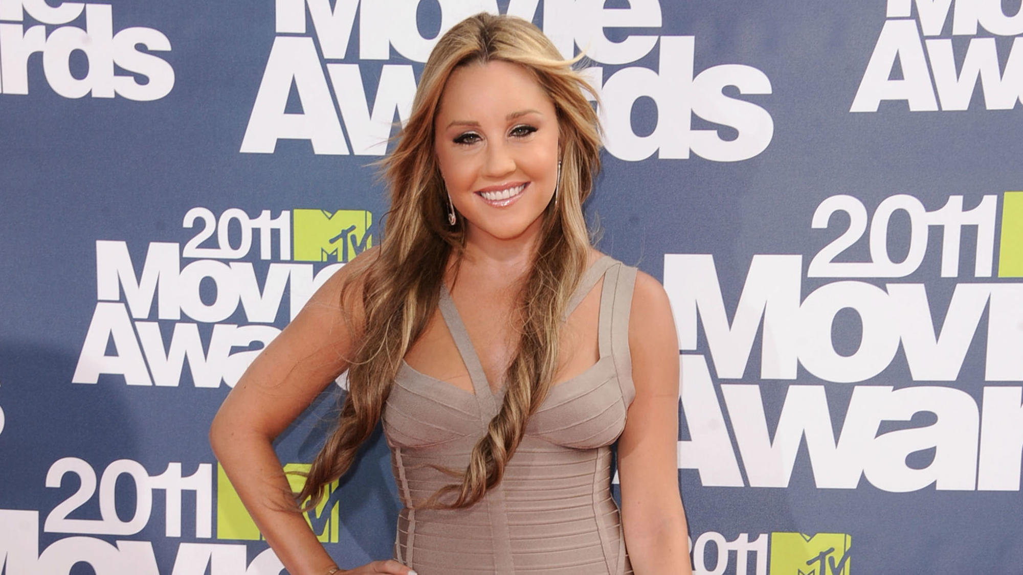 amanda-bynes-mtv-movie-awards-2011