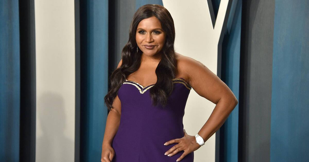 mindy-kaling-vanity-fair-oscar-party-2020_0
